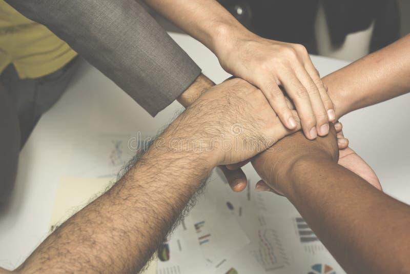 Conceito da colaboração da unidade dos trabalhos de equipa Vista superior imagem de stock royalty free