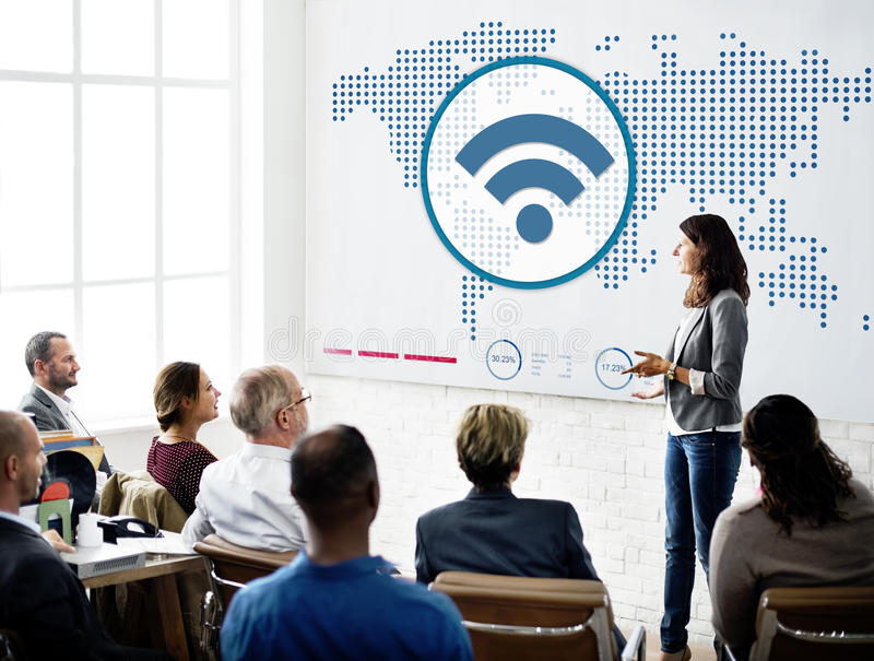 Conceito da conexão da tecnologia sem fios das comunicações globais imagem de stock