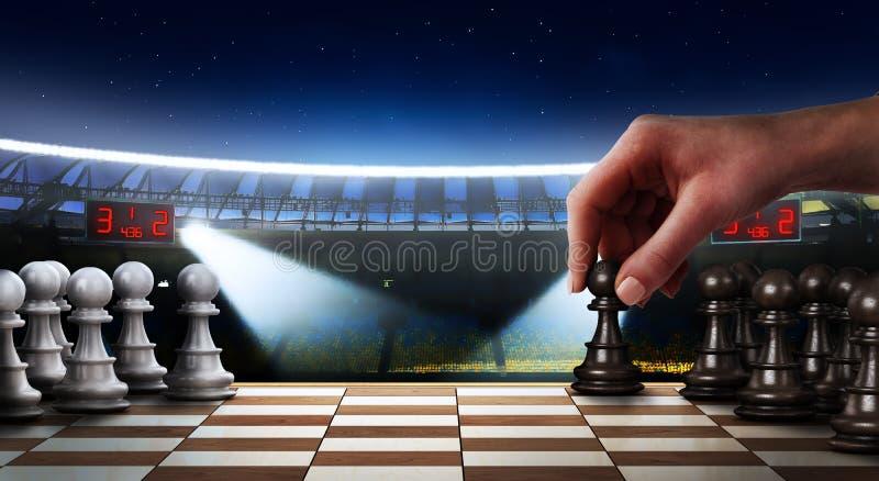 Conceito da confrontação Mão fêmea que joga a xadrez imagem de stock