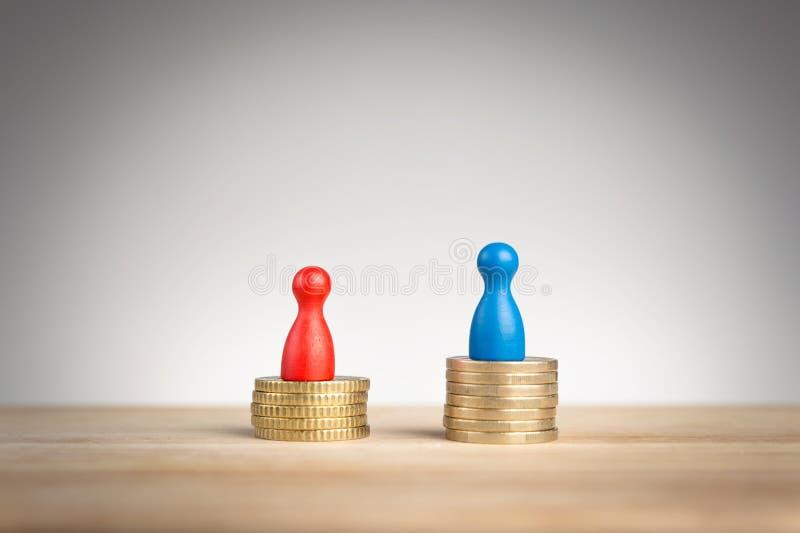 Conceito da diferença de salário para o feminismo imagens de stock royalty free
