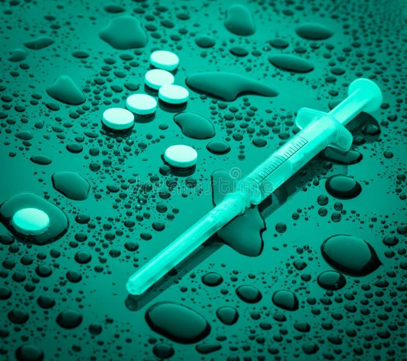 Conceito da droga, apego fotografia de stock
