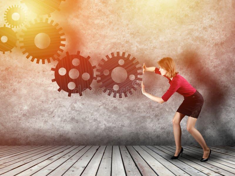Conceito da engrenagem da tecnologia com mulher de negócios imagens de stock