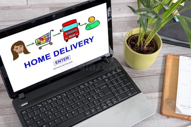 Conceito da entrega a domicílio em um portátil imagem de stock royalty free
