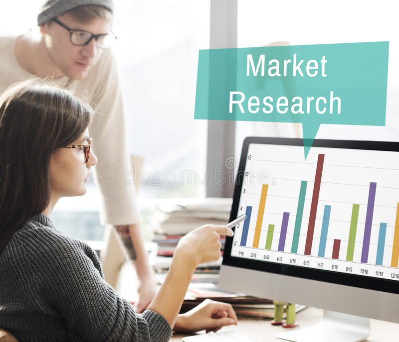Conceito da estratégia de marketing do consumidor da análise dos estudos de mercado imagens de stock royalty free
