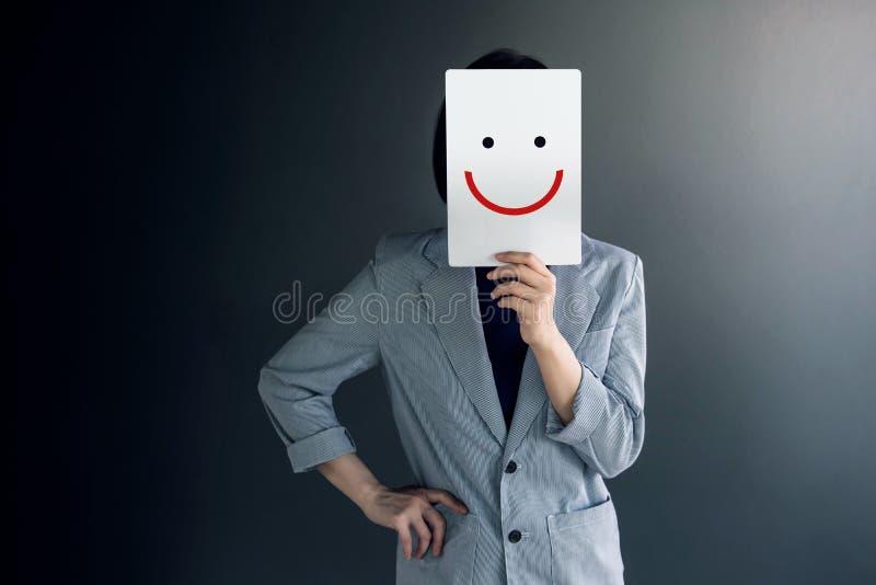 Conceito da experiência do cliente, retrato do cliente com Hap do sentimento imagem de stock