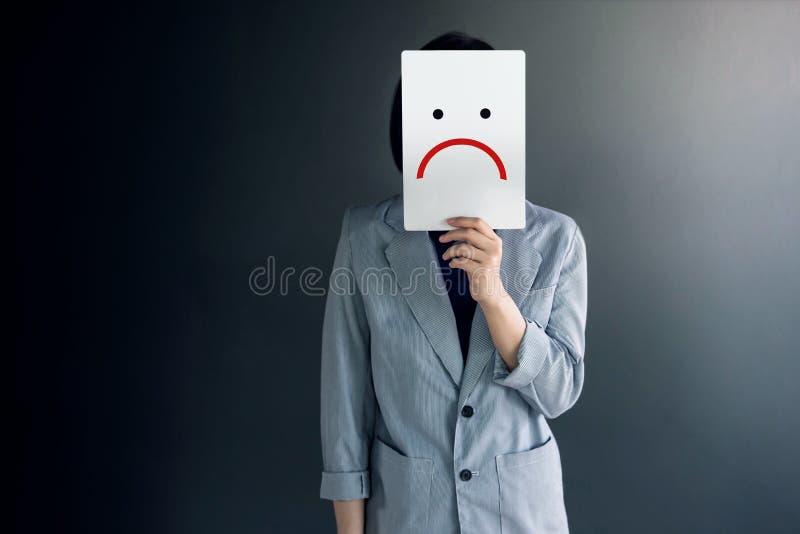 Conceito da experiência do cliente, retrato do cliente com sentimento do Dis fotos de stock