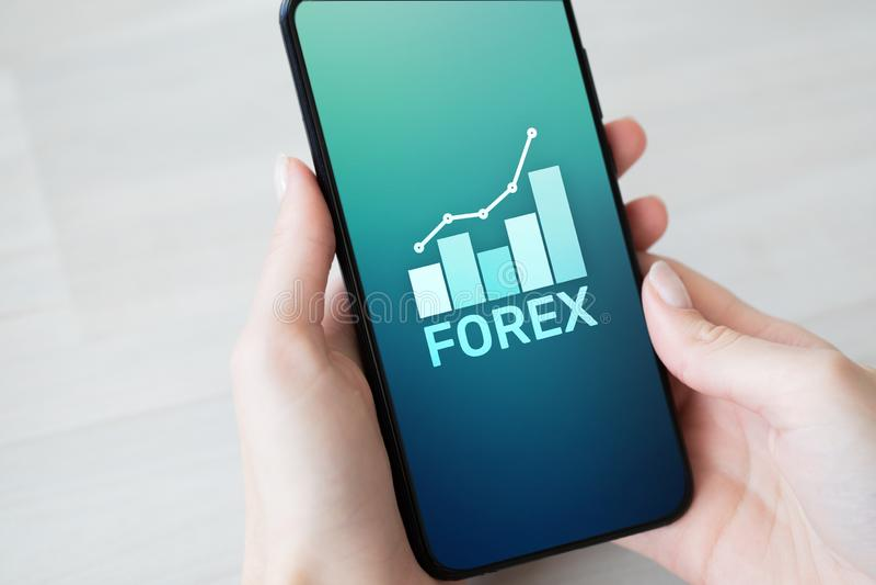 Conceito da finan?a do investimento de troca da moeda do mercado de valores de a??o dos estrangeiros na tela do telefone celular foto de stock royalty free