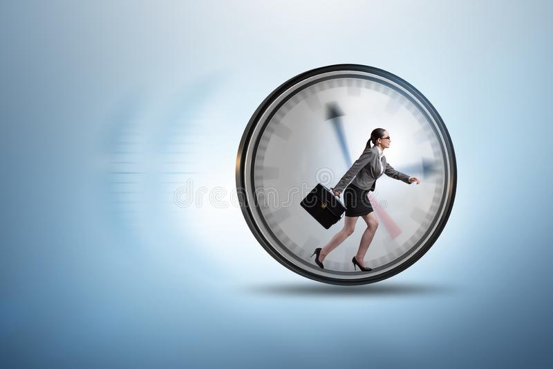 Conceito da gestão do empregado da mulher de negócios a tempo fotografia de stock