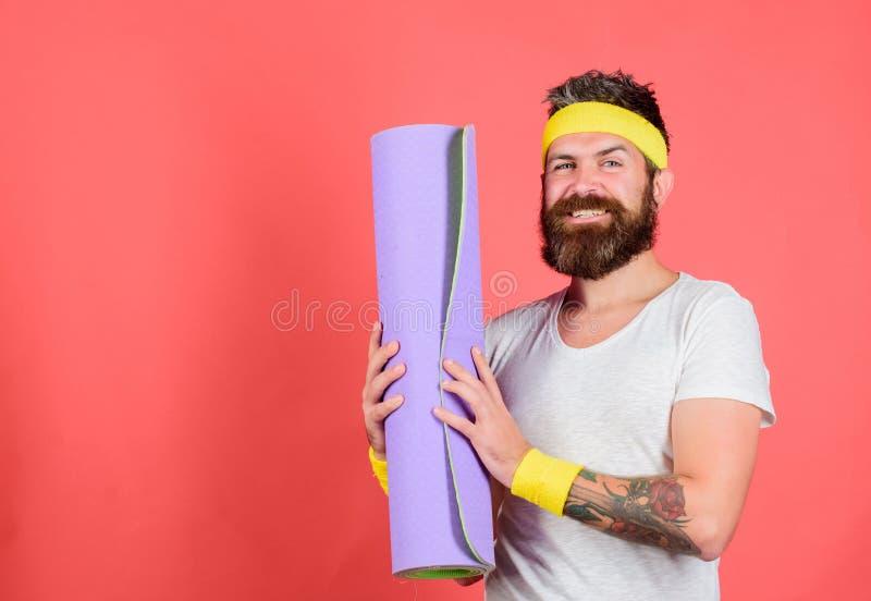 Conceito da ginástica aeróbica da velha escola Junte-se a meu programa de esticão Conceito do esticão e dos pilates Treinador de  fotos de stock