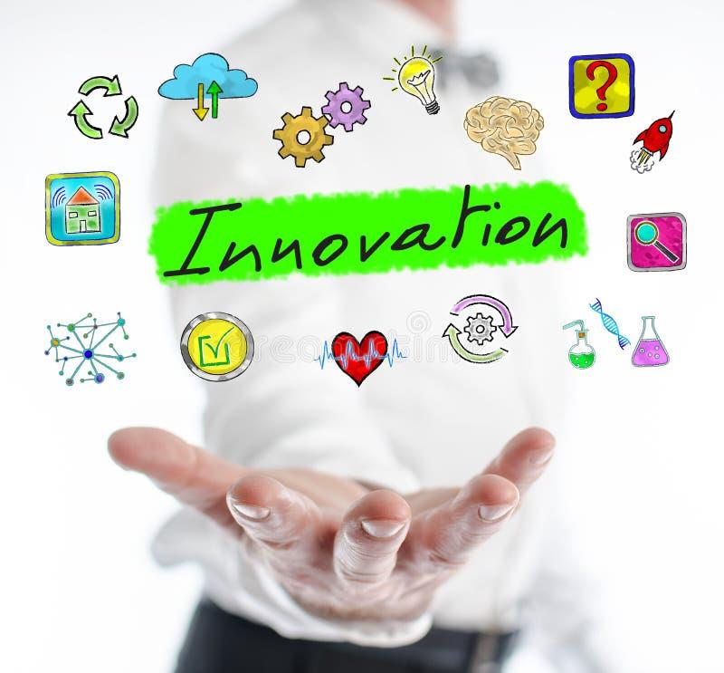 Conceito da inovação que levita acima de uma mão imagem de stock royalty free