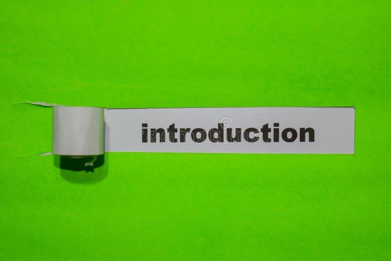 Conceito da introdução, da inspiração e do negócio no papel rasgado verde fotografia de stock