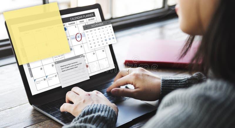 Conceito da lista de verificação da agenda da tarefa do planejador da programação imagens de stock royalty free