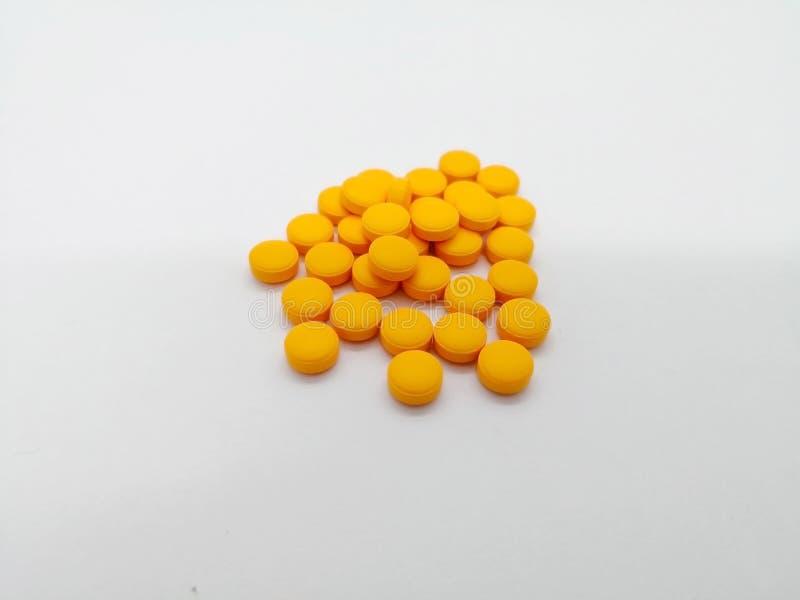 Conceito da medicamentação O uso de Diclofenac para a dor do relevo e reduz a MU fotos de stock royalty free