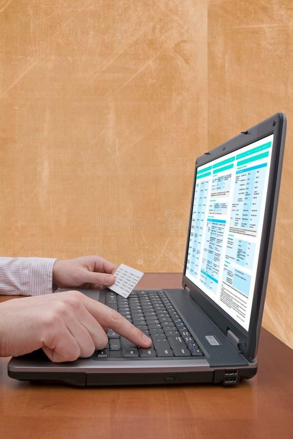 conceito da operação bancária do Internet fotos de stock