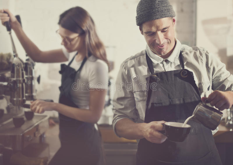 Conceito da ordem de Barista Parepare Coffee Working fotografia de stock