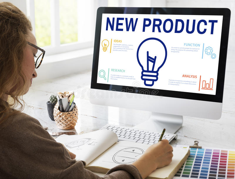 Conceito da promoção do lançamento do comércio do produto novo fotografia de stock
