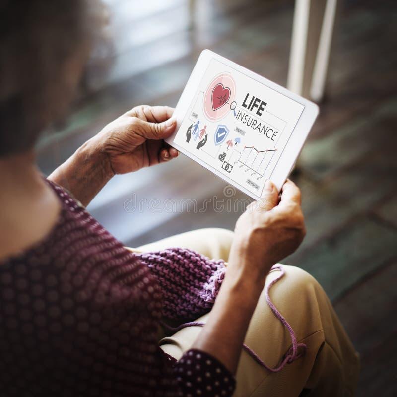 Conceito da proteção do beneficiário da proteção do seguro de vida fotos de stock