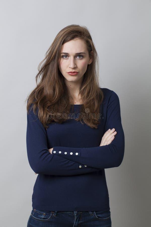 Conceito da proteção para a jovem mulher desagradada imagens de stock royalty free