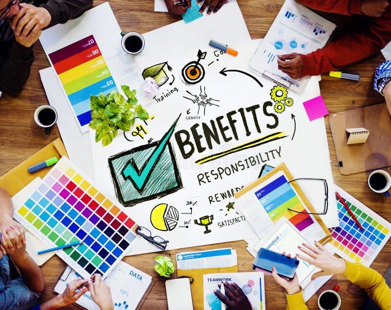 Conceito da reunião do projeto da renda do salário do lucro do ganho dos benefícios imagens de stock royalty free