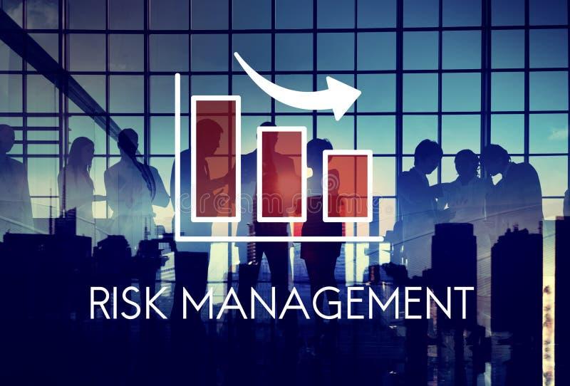 Conceito da seta do gráfico do diagrama da gestão de riscos foto de stock