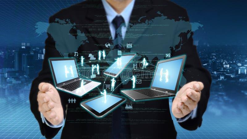 Conceito da tecnologia da informações na internet imagem de stock