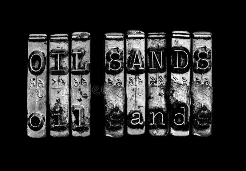 Conceito das areias de óleo imagem de stock royalty free