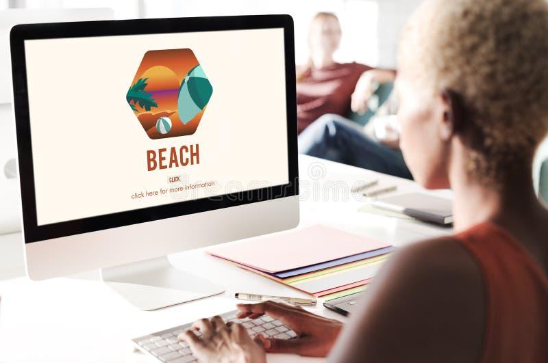 Conceito das férias de verão da costa do beira-mar da costa da praia imagens de stock royalty free