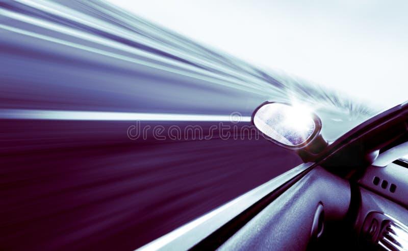 Carro de alta velocidade ilustração do vetor