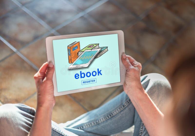 Conceito de EBook em uma tabuleta imagem de stock