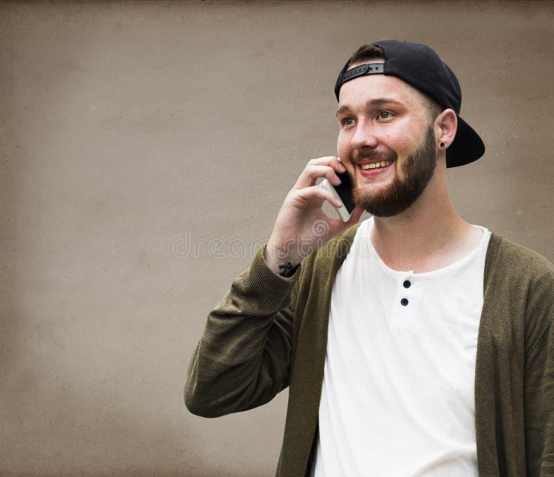 Conceito de fala da rede da conexão de telefone do homem fotografia de stock royalty free