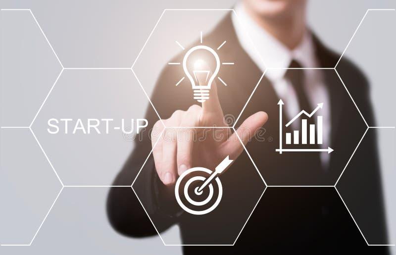 Conceito de financiamento Start-up da tecnologia do negócio do Internet do empreendimento do capital de risco do investimento de  foto de stock royalty free