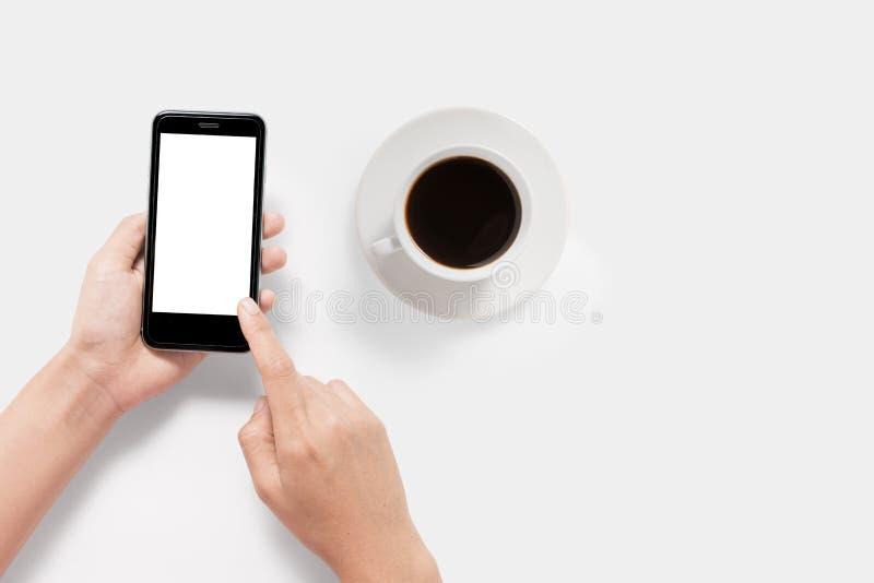Conceito de projeto do modelo usando o isolado do grupo do smartphone e de café fotografia de stock royalty free