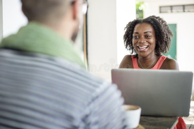 Conceito de Team Corporate Planning Communication Internet imagens de stock royalty free