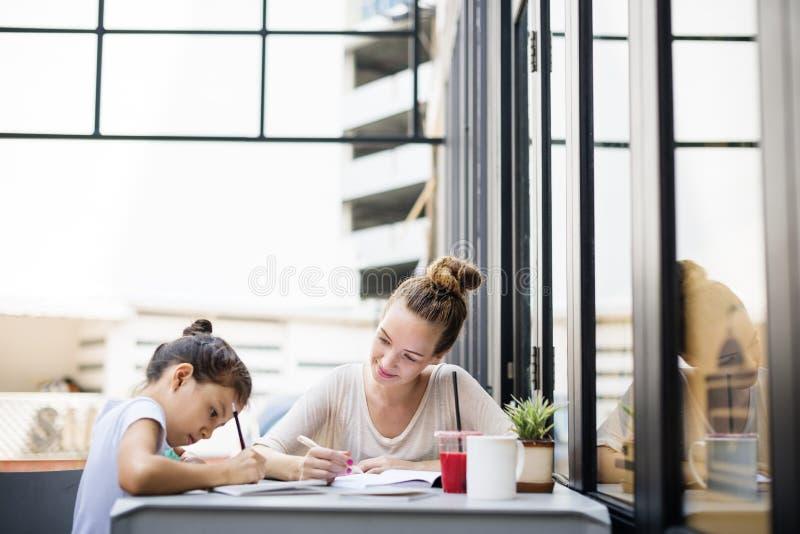 Conceito de Tutor Homework Lesson do estudante do professor imagens de stock royalty free