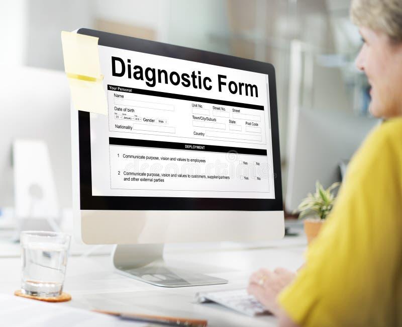 Conceito diagnóstico do resultado dos sintomas do hospital da saúde do formulário imagem de stock