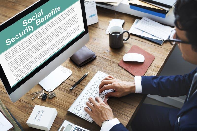 Conceito do acordo dos benefícios de segurança social imagens de stock