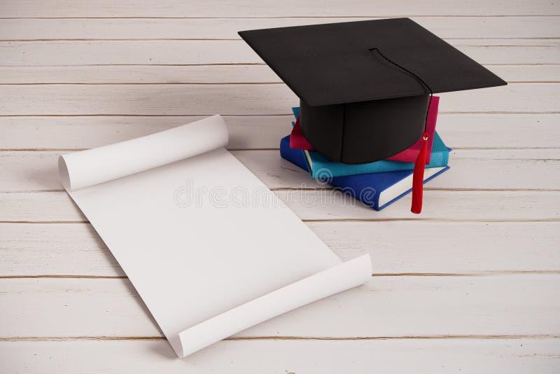 Conceito do anúncio da cerimônia de graduação ilustração do vetor