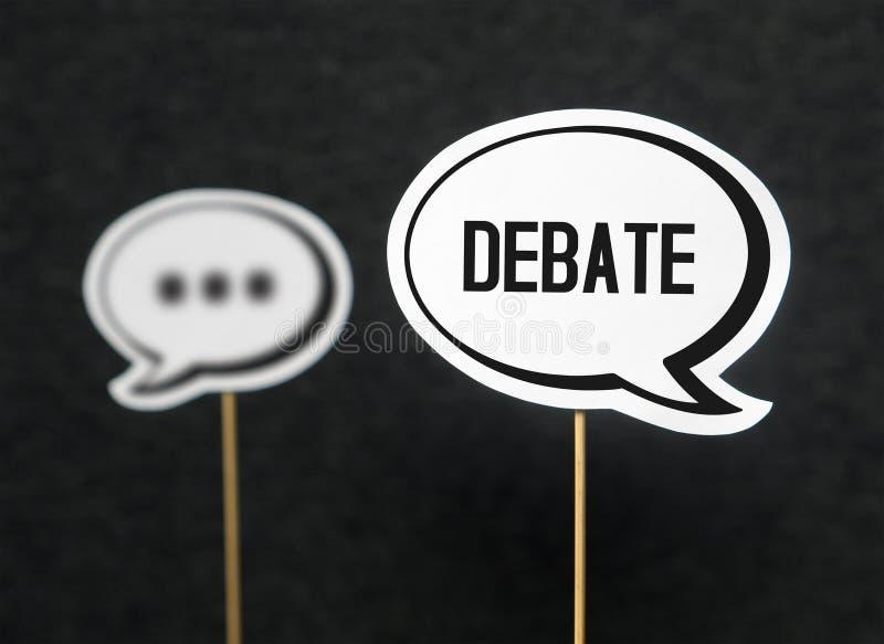 Conceito do debate, do diálogo, da comunicação e da educação fotos de stock