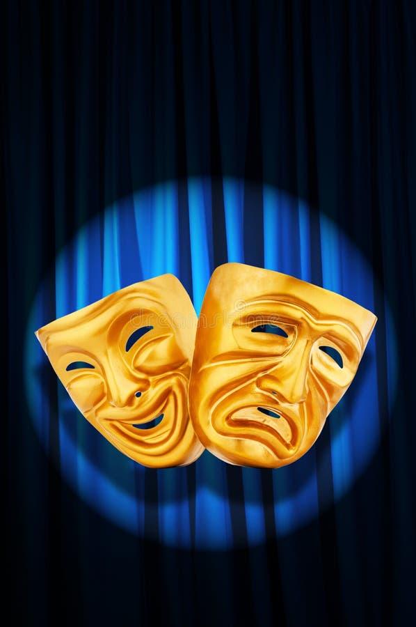 Conceito do desempenho de teatro - máscaras imagens de stock royalty free
