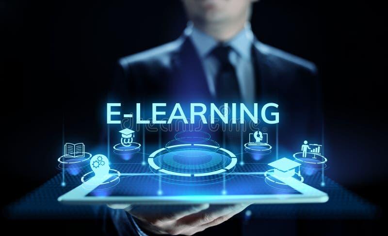 Conceito do desenvolvimento do auto das habilidades da educação do Internet do ensino eletrónico na tela imagens de stock royalty free