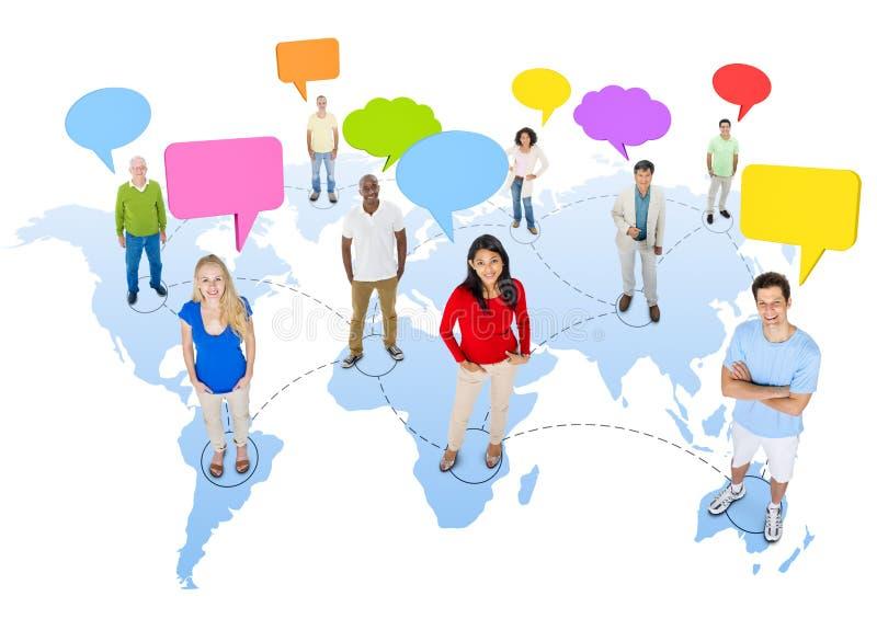 Conceito do discurso da conexão de uma comunicação global dos povos da diversidade ilustração stock