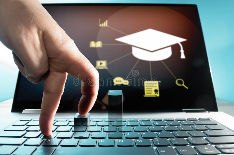 Conceito do ensino eletrónico, curso em linha, webinar fotografia de stock royalty free