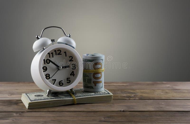 Conceito do negócio de dinheiro do tempo imagens de stock