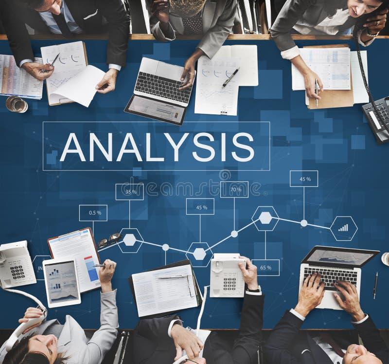 Conceito do progresso da estratégia das estatísticas de negócio da analítica foto de stock