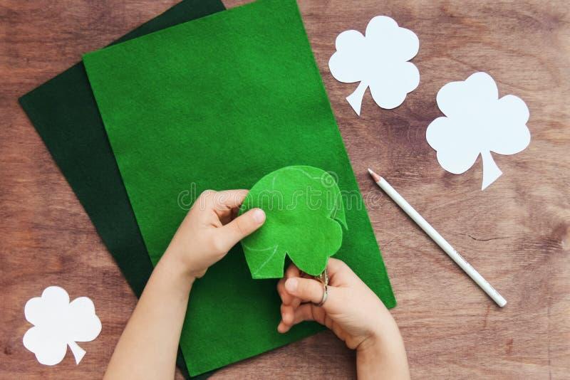 Conceito do projeto da arte de DIY para o dia de St Patrick irlandês imagens de stock