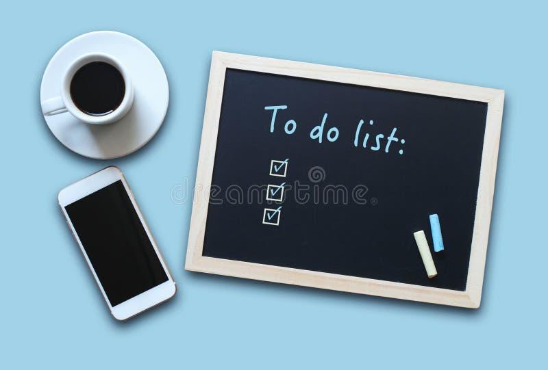 Conceito do quadro ou do quadro-negro com o vazio para fazer a lista ilustração stock