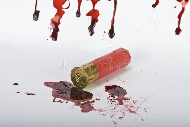 Conceito do sangue e da cena do crime no branco foto de stock royalty free