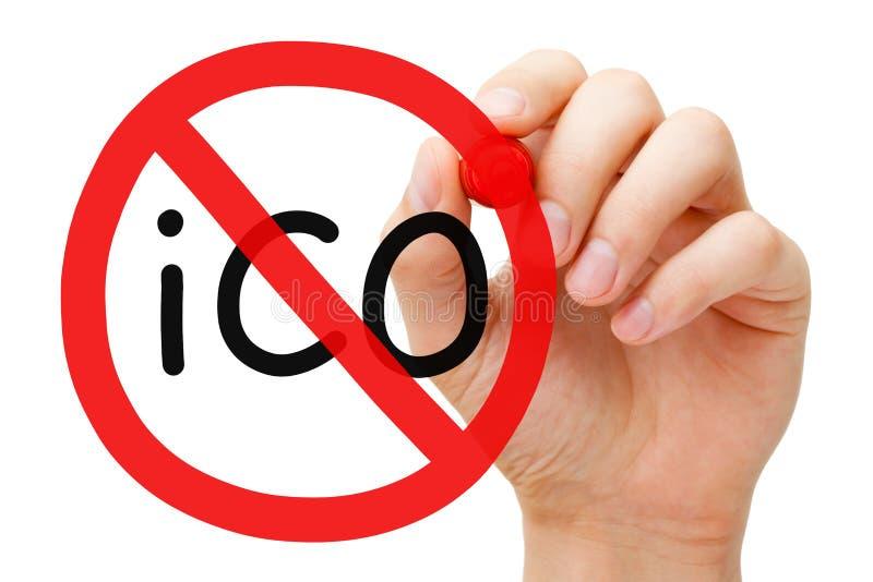 Conceito do sinal da proibição da proibição de ICO imagens de stock