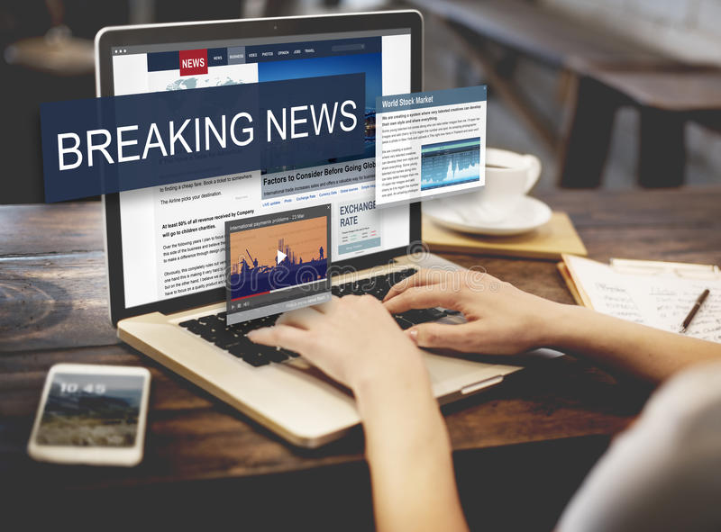 Conceito do Social do anúncio dos meios de notícias de última hora imagens de stock royalty free