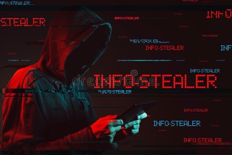 Conceito do stealer da informação com a pessoa masculina encapuçado sem cara fotos de stock